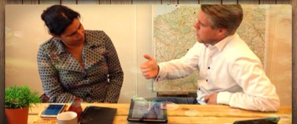 Jelle Drijver Vanessa SImons bespreken hun favoriete apps op camera voor de bezoekers van hun websites en Nieuwsbrief abonnees.