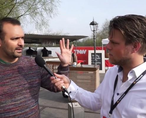 Prezi presentatie tips van de co-founder Adam Somlai Fischer tijdens zijn gesprek met Jelle Drijver op The Next Web Conference 2015